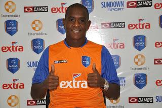 O último clube de Leandro no Brasil foi o Audax (RJ). Atualmente, ele joga no futebol árabe.