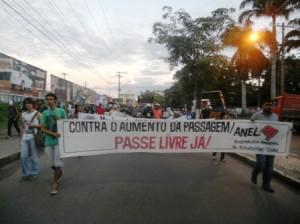 Manifestação contra o aumento da passagem. Imagem: Gabriela Caldas/Blog do Gusmão