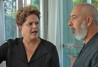 Dilma Rousseff convidou o escritor Leonardo Padura para um almoço. Foto: Cafefuerte.