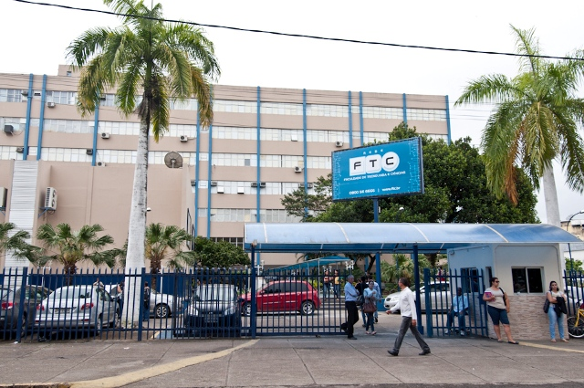 Faculdade de Tecnologia e Ciências - Itabuna. Foto: Políticos do Sul da Bahia.