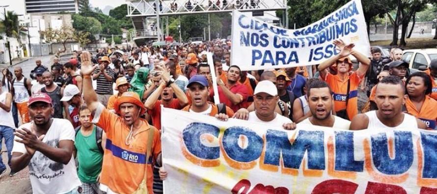 Garis do Rio de Janeiro declararam greve durante o carnaval. O movimento não foi apoiado por líderes sindicais.