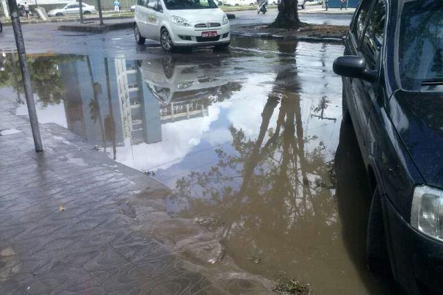 Avenida Ilhéus após a chuva. Imagem: Gabriela Caldas/Blog do Gusmão