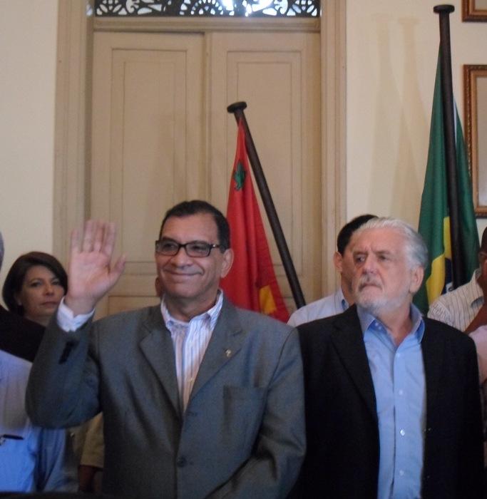Jabes Ribeiro e Jaques Wagner. Foto: Blog do Gusmão/Thiago Dias.