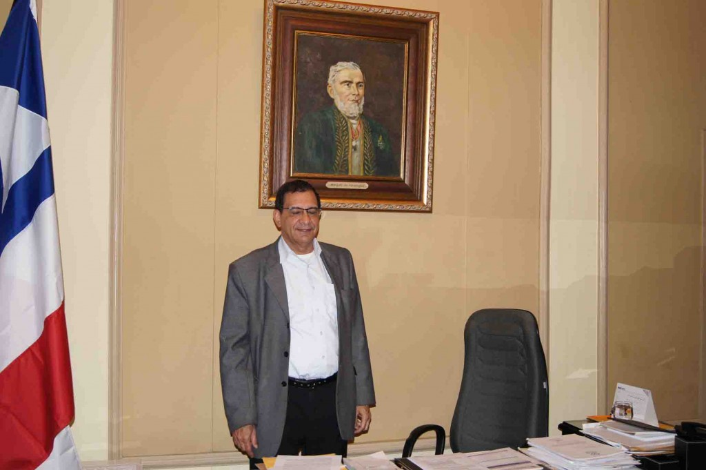 Na última sexta-feira, o Blog do Gusmão entrevistou o prefeito Jabes Ribeiro, no Palácio Paranaguá. Fizemos perguntas corajosas e duras e até incovenientes