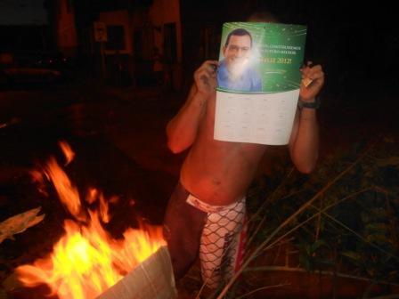 "Jabes está ""queimado"" na Av. Princesa Isabel."
