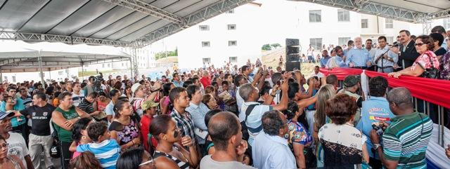 A cerimônia foi realizada na praça principal do condomínio. Foto: Pedro Augusto.