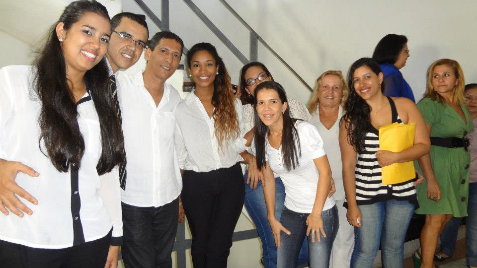 John Ribeiro (irmão do prefeito) sempre visita a secretaria de desenvolvimento social.