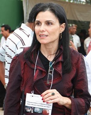 Karina Cherubini: autora da ACP.