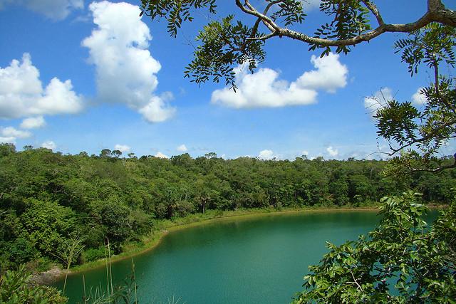 Características socioambientais do território escolhido podem inviabilizar o projeto (Imagem da APA Lagoa Encantada).