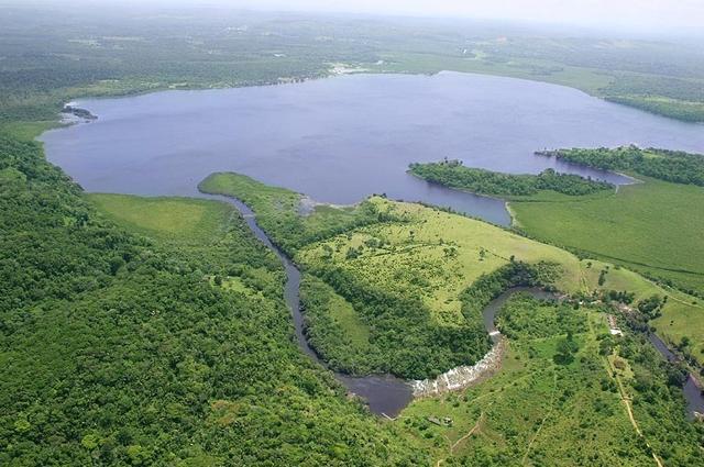 Lagoa Encantada.