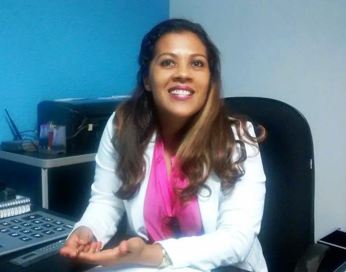Leninha Vila Nova, secretária de Educação de Coaraci.