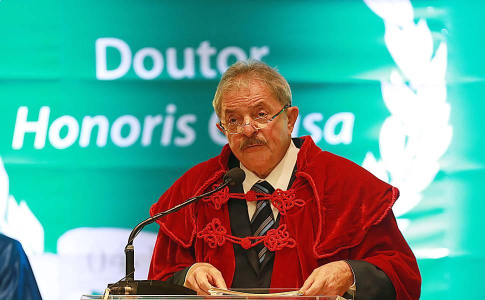 A Universidade de Salamanca concederá o 27º título de Doutor Honoris Causa ao ex-presidente Lula. Imagem: Jorge Araújo/Folhapress.