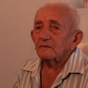 O Candeeiro - Manoel Dantas Loyola.