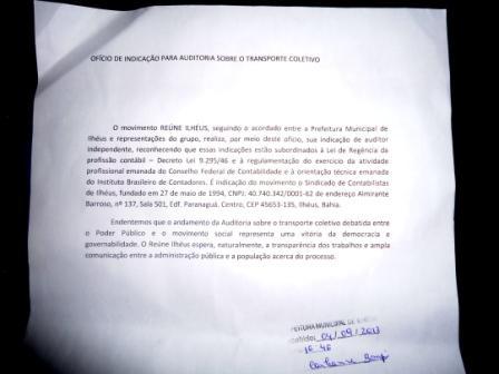 O carimbo da Prefeitura assegura que o documento foi recebido.