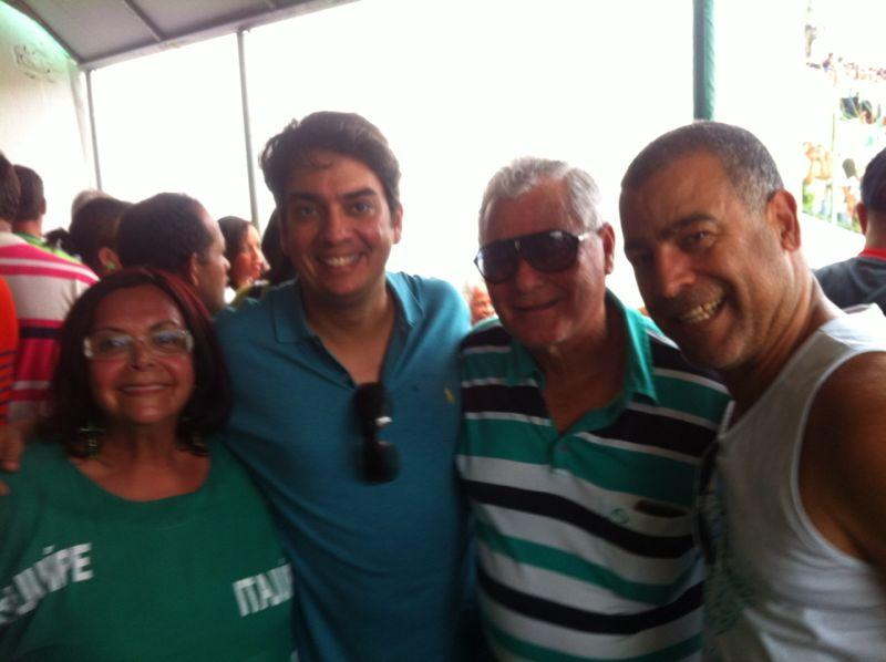 O deputado Pedro Tavares acompanhou a conquista ao lado de outras lideranças políticas da região
