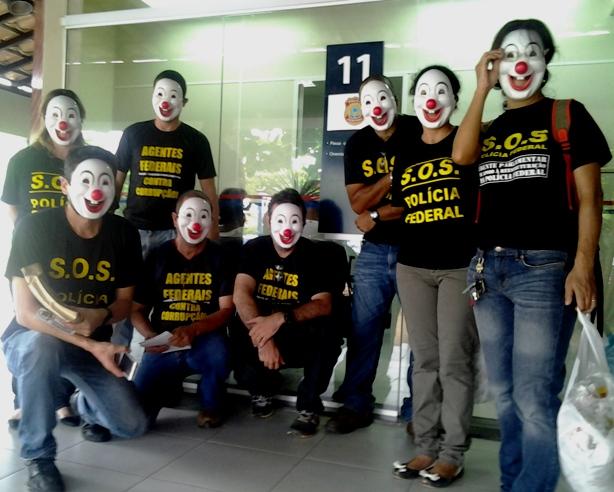 Na quinta-feira 3, o protesto foi realizado no centro de Ilhéus.