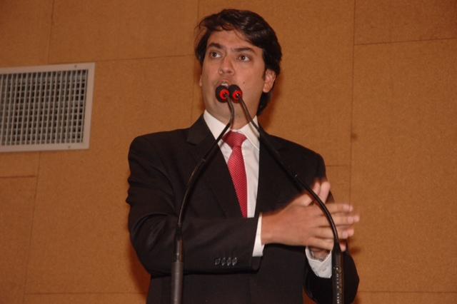Deputado estadual Pedro Tavares.