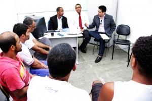 Presidente da Ficc, professor Roberto José, apresenta o projeto agentes no conjunto penal de Itabuna Foto Thiago Pereira (2)