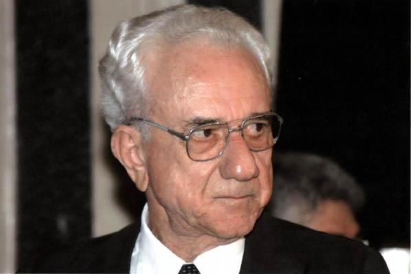 Antonio Olímpio.