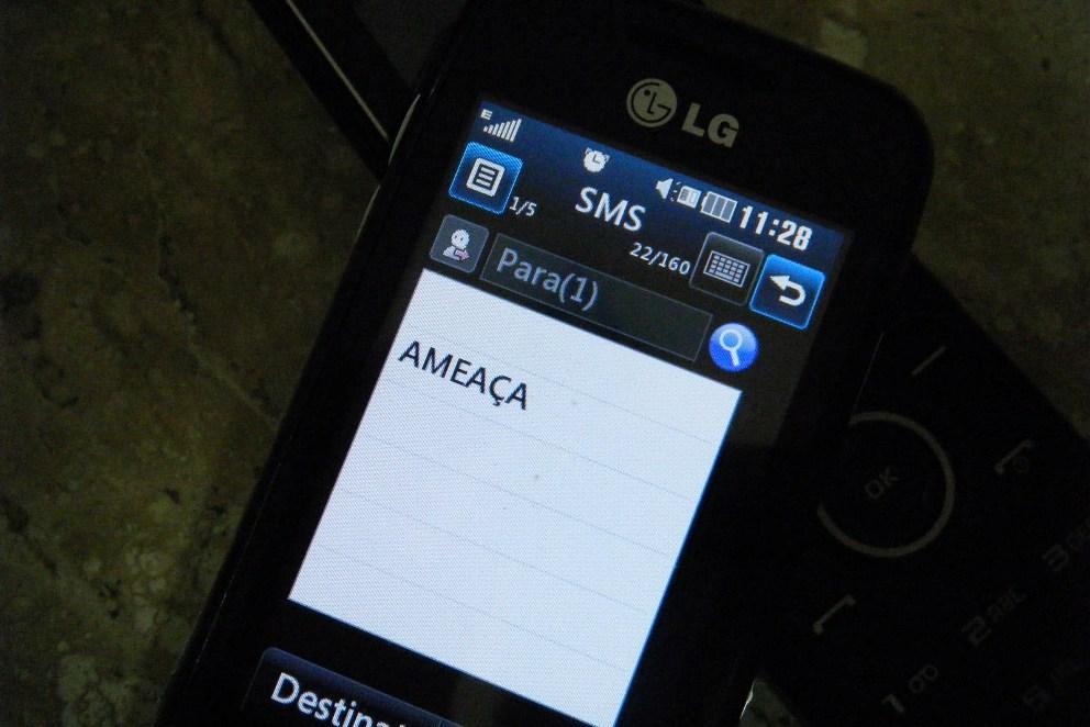 As ameaças foram feitas em mensagens de celular. Imagem ilustrativa.